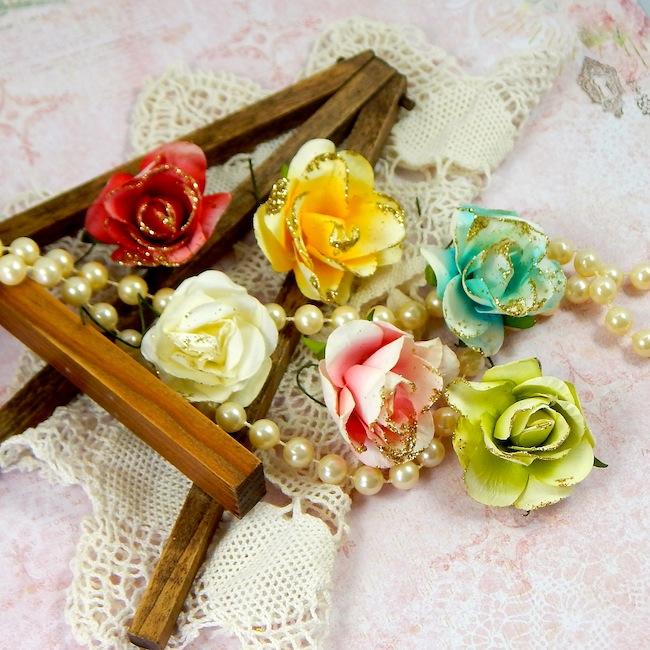 Attic Charm Glitter Roses